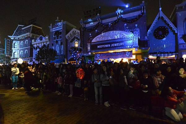 香港迪士尼樂園:《魔雪奇緣》聖誕亮燈禮 (26).JPG