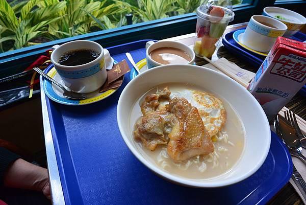 香港迪士尼好萊塢酒店:好萊塢快餐廳 (9).JPG