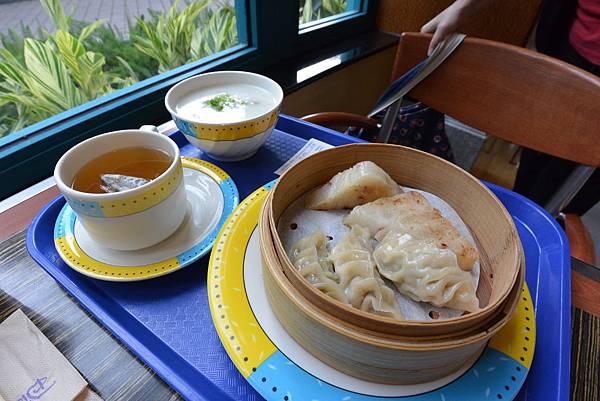 香港迪士尼好萊塢酒店:好萊塢快餐廳 (10).JPG