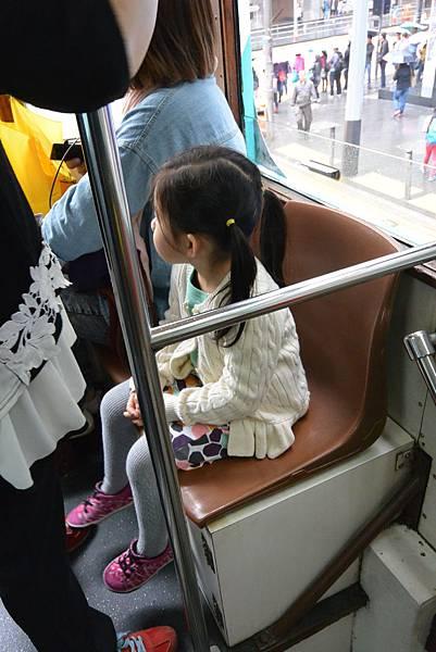 亞亞的叮叮車體驗 (10).JPG