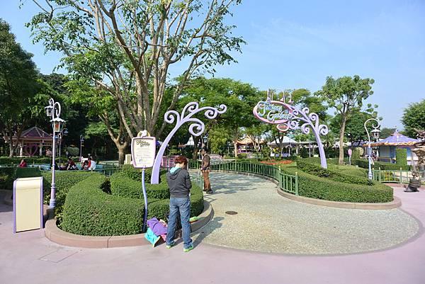 亞亞的迪士尼跨年之旅 (4).JPG