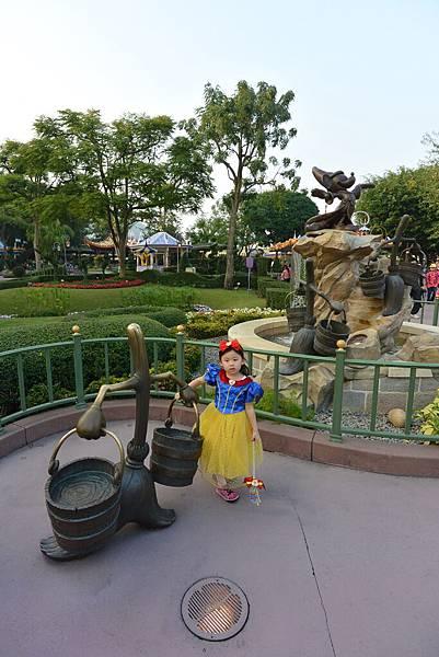 亞亞的迪士尼跨年之旅 (49).JPG