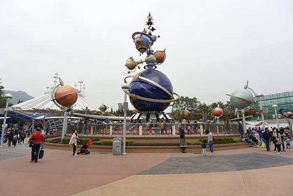 亞亞的迪士尼跨年之旅 (144).JPG