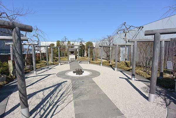 日本福岡市JR博多シティ:つばめの杜ひろば (10).JPG