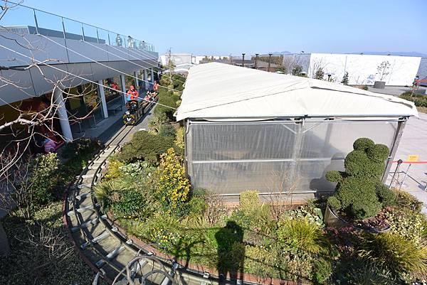 日本福岡市JR博多シティ:つばめの杜ひろば (33).JPG
