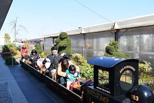 日本福岡市JR博多シティ:つばめの杜ひろば (40).JPG