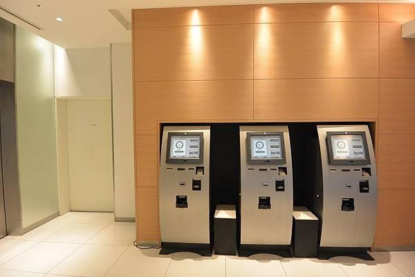 日本福岡県福岡市博多 東急REIホテル:フロント+ラウンジ (5).JPG