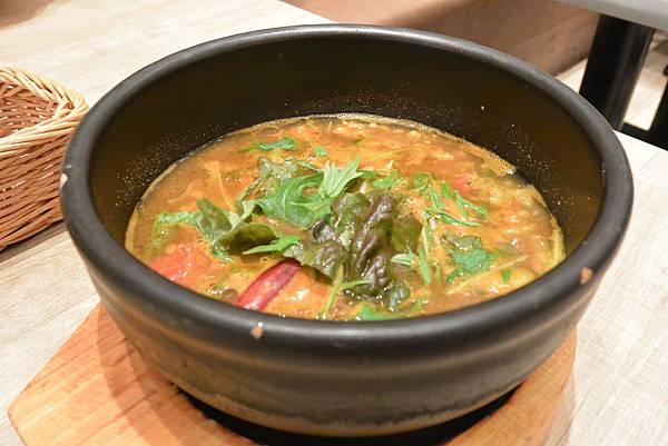 日本福岡県糟屋郡nicotte soup curry & sweets (18).JPG