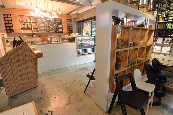 台北市Mr. Tkk Cafe (20).JPG