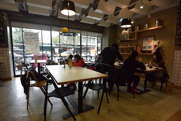 台北市Mr. Tkk Cafe (23).JPG