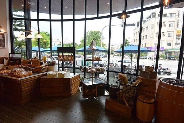 台中市CAFFAINA COFFEE GALLERY惠來店 (9).JPG