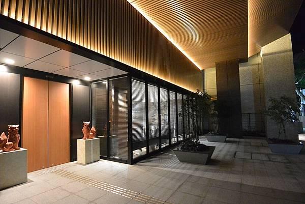日本沖縄県アルモントホテル那覇県庁前:外觀 (3).JPG