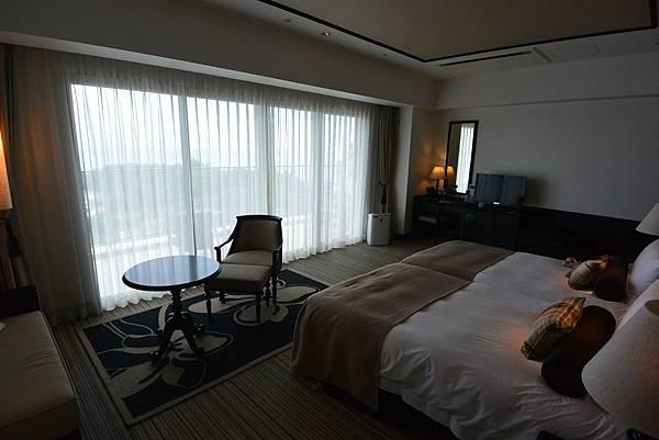 日本沖縄県ホテルモントレ沖縄 スパ&リゾート:ラグジュアリー (8).JPG
