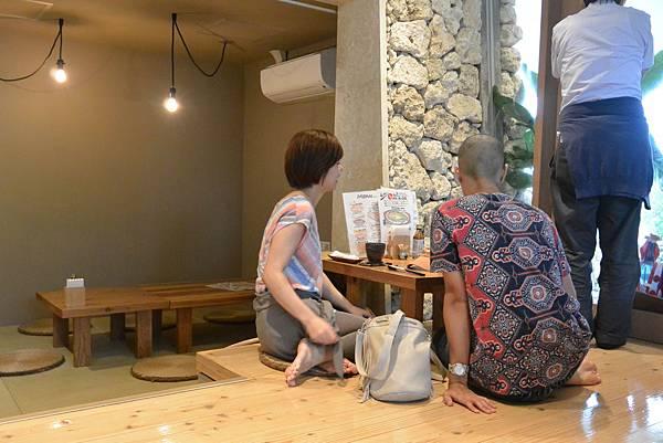 日本沖縄県糸満漁民食堂 (3).JPG