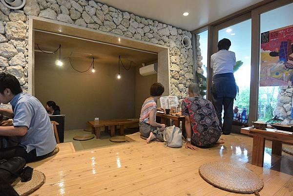日本沖縄県糸満漁民食堂 (4).JPG