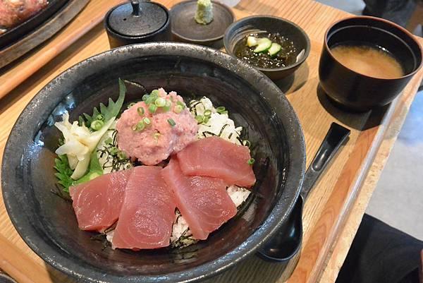 日本沖縄県糸満漁民食堂 (35).JPG