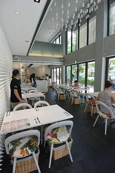 台北市Moena CAFE (4).JPG