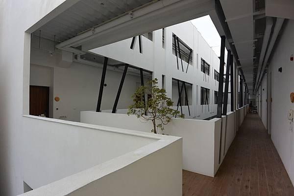 嘉義市繪日之丘:外觀 (8).JPG