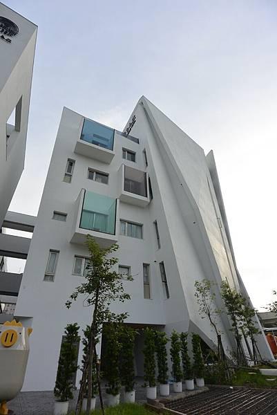 嘉義市繪日之丘:外觀 (24).JPG