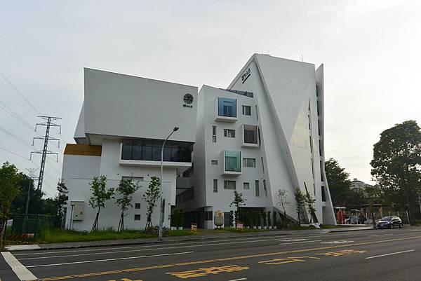 嘉義市繪日之丘:外觀 (26).JPG