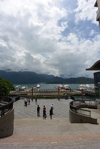 亞亞的湖光山色 (3).JPG