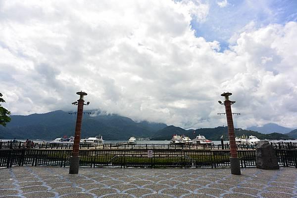 亞亞的湖光山色 (5).JPG