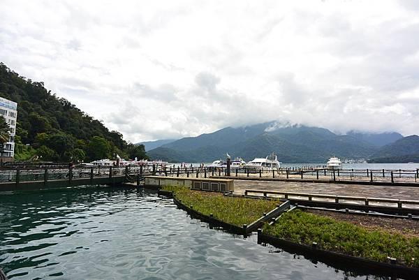 亞亞的湖光山色 (6).JPG