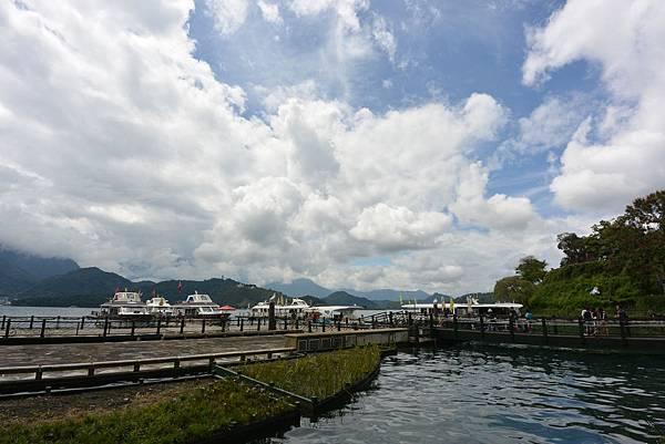 亞亞的湖光山色 (7).JPG
