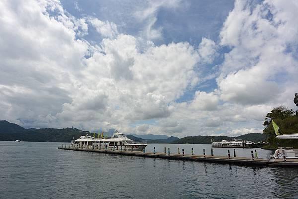 亞亞的湖光山色 (10).JPG