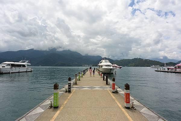 亞亞的湖光山色 (12).JPG