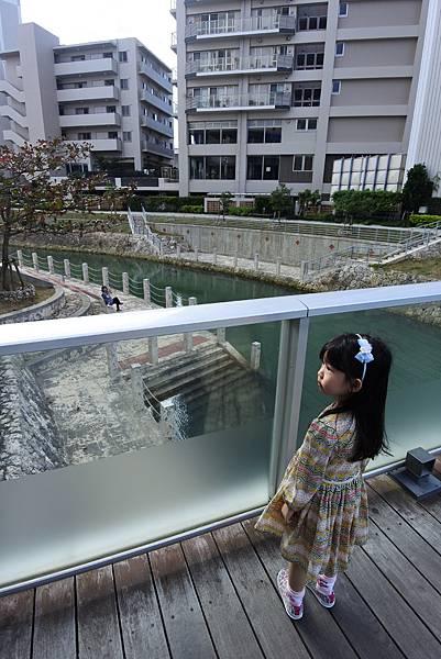 日本沖縄県安里川親水庭園 (1).JPG