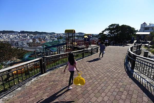 日本沖縄県海軍壕公園道具広場 (1).JPG