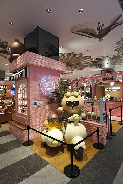 台北市LINE FRIENDS CAFE %26; STORE (14).JPG