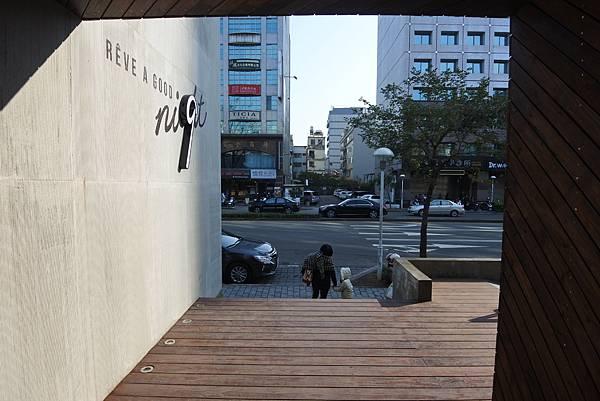 台中市黑浮咖啡台中公益店 (12).JPG