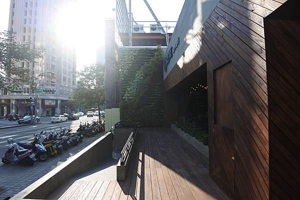 台中市黑浮咖啡台中公益店 (13).JPG