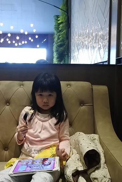 台中市黑浮咖啡台中公益店 (28).JPG