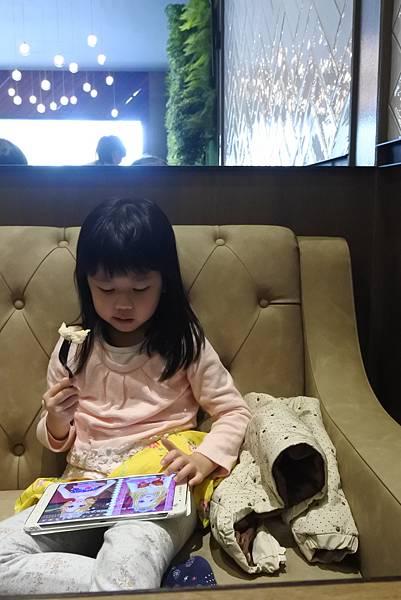 台中市黑浮咖啡台中公益店 (27).JPG