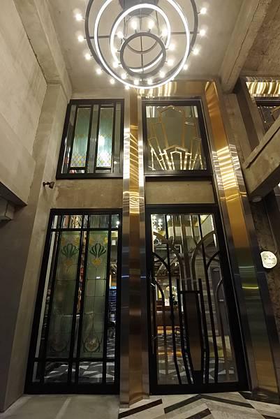 台中市BLUESKY HOTEL 藍天飯店:大廳 (3).JPG