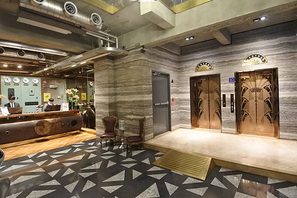 台中市BLUESKY HOTEL 藍天飯店:大廳 (8).JPG