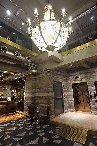 台中市BLUESKY HOTEL 藍天飯店:大廳 (9).JPG