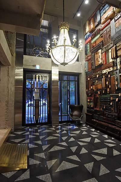 台中市BLUESKY HOTEL 藍天飯店:大廳 (12).JPG