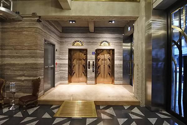 台中市BLUESKY HOTEL 藍天飯店:大廳 (13).JPG
