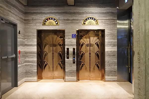 台中市BLUESKY HOTEL 藍天飯店:大廳 (14).JPG