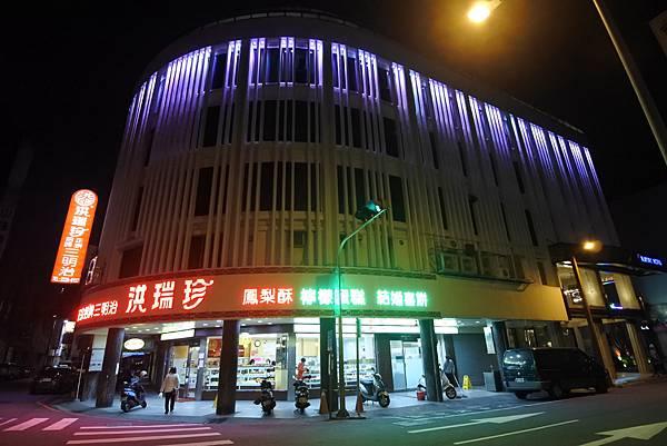 台中市BLUESKY HOTEL 藍天飯店:外觀 (6).JPG