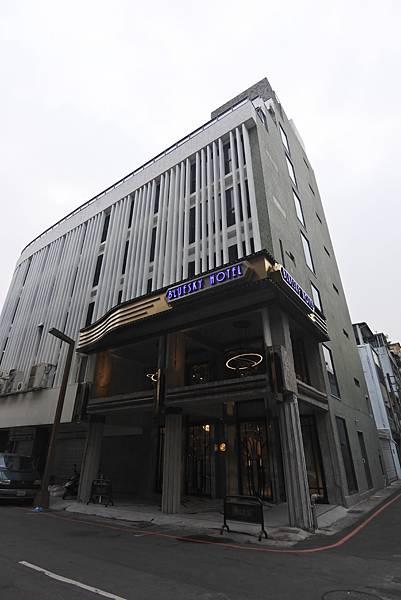 台中市BLUESKY HOTEL 藍天飯店:外觀 (14).JPG