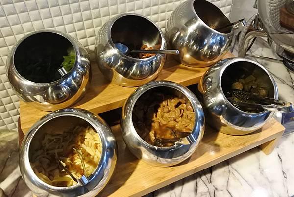 台中市BLUESKY HOTEL 藍天飯店:藍天美饌餐廳 (12).JPG