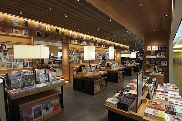 台北市TSUTAYA BOOKSTORE (10).JPG