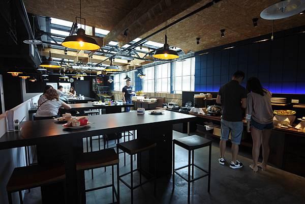 台中市草悟道文創旅館:陸樓好食間餐廳+大廳 (1).JPG