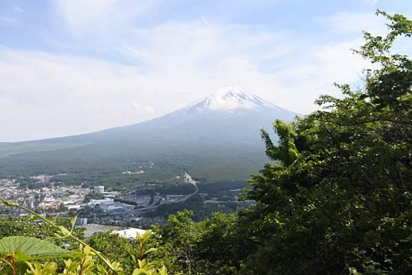 日本山梨県河口湖天上山公園 カチカチ山ロープウェイ (5).JPG