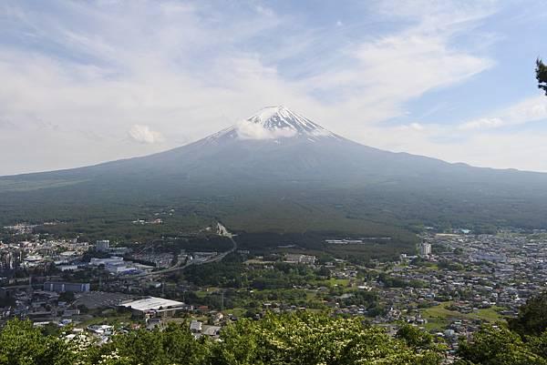 日本山梨県河口湖天上山公園 カチカチ山ロープウェイ (7).JPG